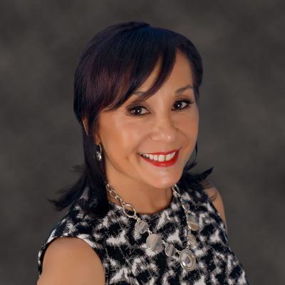 Team: Lynn Barrett - Sales Tools / Websites
